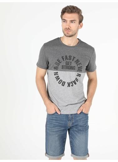 Colin's Erkek Kısa Kol Tişört Renkli